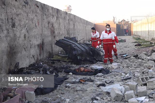 سقوط هواپیما   سقوط هواپیما در فرودگاه امام   تصاویر سقوط هواپیما اوکراینی