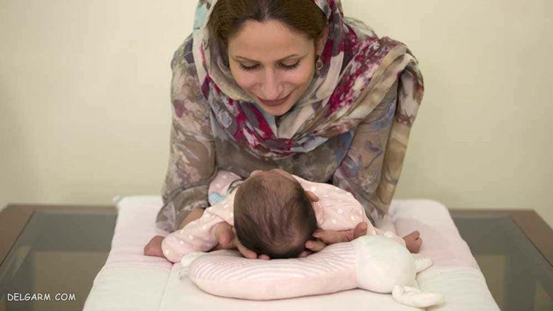 رفتار با نوزاد 5 ماهه