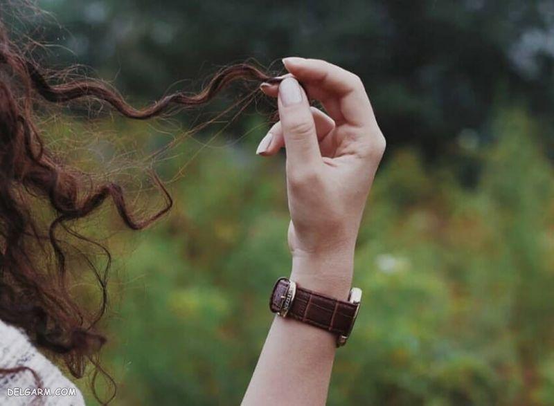 عکس دست در مو