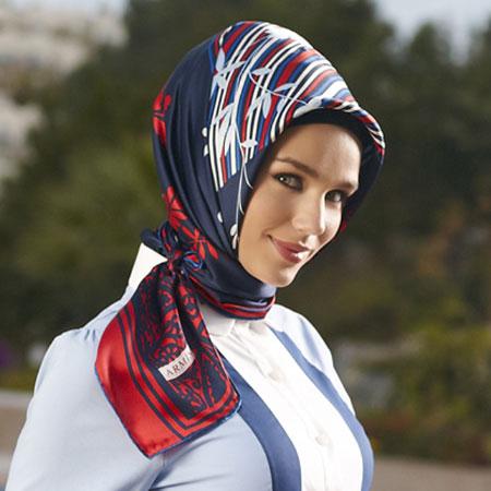 روسری کوتاه