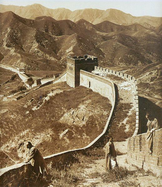 نگاهی پانوراما به دیوار بزرگ چین