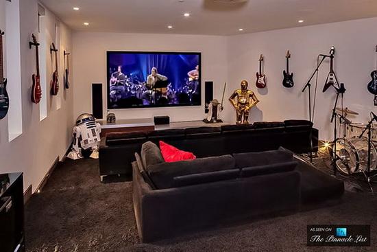 این خانه متعلق به DJ Avicii یکی از موسیقی دانان سرشناس