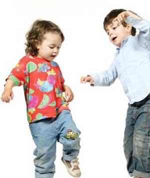 با بچه های بی ادب در مهمانی ها چه کنیم؟