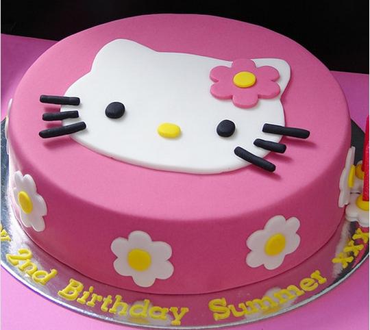 عکس کیک جشن تولد دخترانه