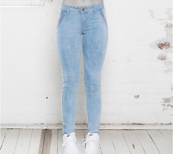 شلوار جین دختر بچه
