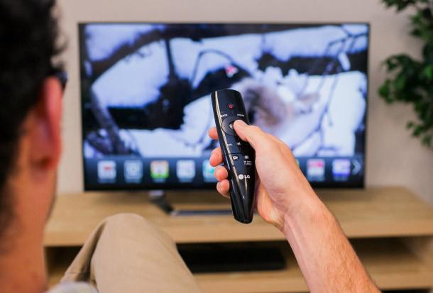 5 دروغی که فروشندگان تلویزیون تحویل مشتری میدهند