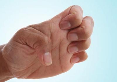 کشیدن سرپنجه دست