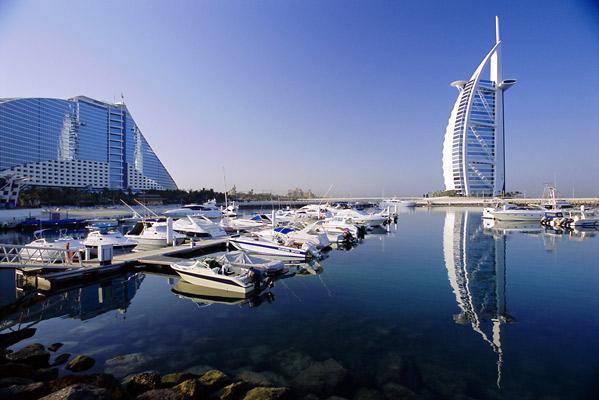 شهری عجیب و غریب در امارات متحده عربی