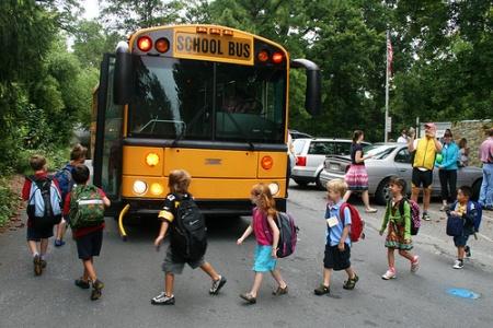فرزندم زیاد رغبتی به مدرسه رفتن ندارد چرا؟