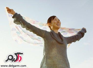 چگونه می توانیم خوشحال باشیم؟/چطور خوشحال زندگی کنیم.