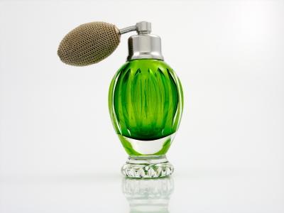 15 نکته برای آنها که عطر و ادکلن استفاده میکنند.
