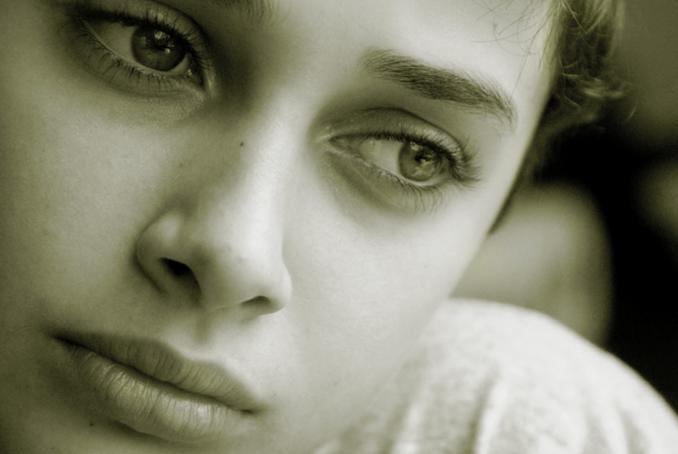 عواقب و عوارض دير ازدواج كردن دختران