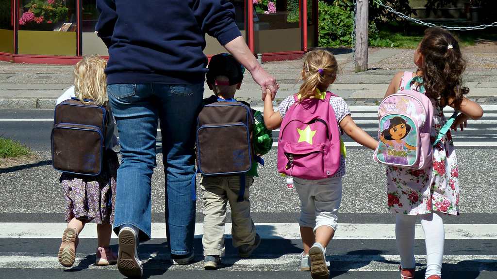راهنمای انتخاب کیف مدرسه کودکان