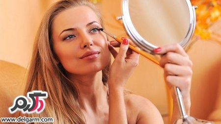 اصول آرایش چشمِ زنان بالای ۴۰ سال