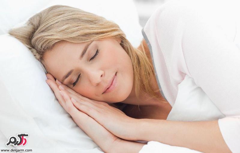 داشتن خواب کافی برای درمان پف زیر چشم