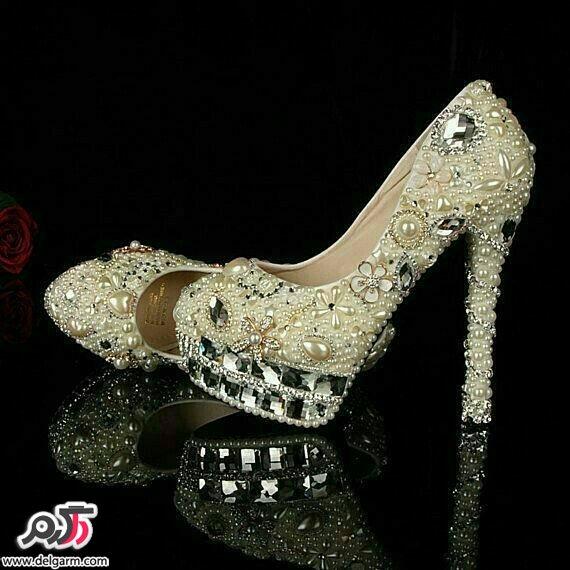 نمونه هایی زیبا از کفش عروس