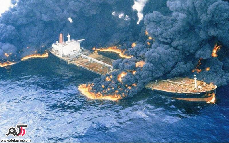 آتش سوزی نفتکش