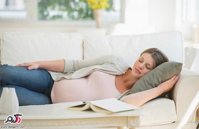 شیوه ی درست خوابیدن در زمان بارداری