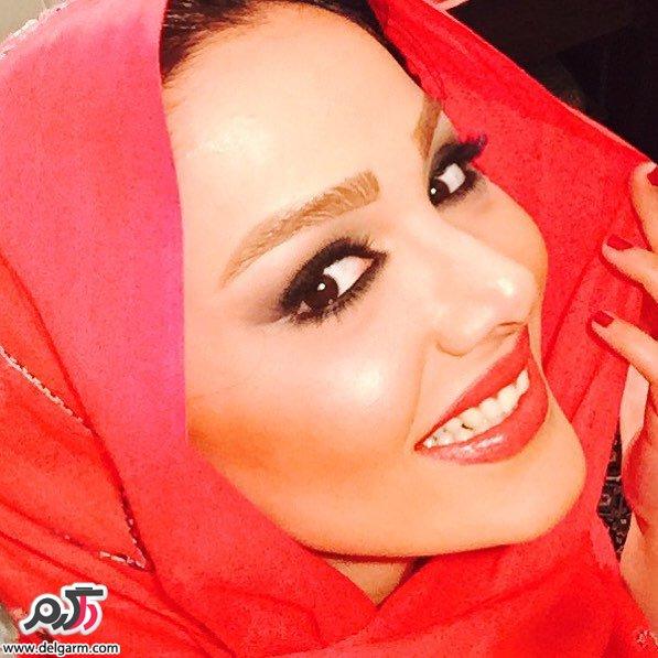 بیوگرافی + عکس از مهرناز دبیرزاده