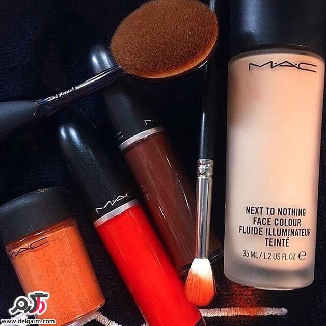رژ لب های زیبای مک