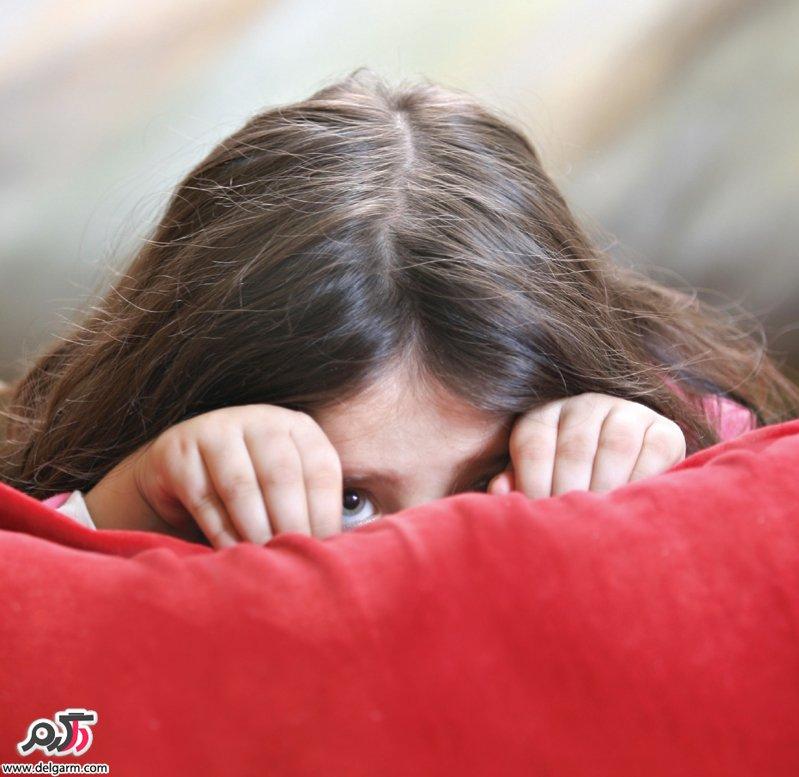 ترس در کودکان: علل، انواع و روشهای درمانی