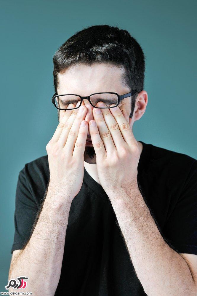 خطر مالیدن چشم ها برای بینایی