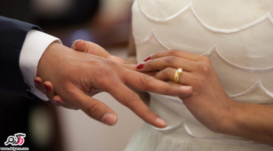 ژست عکس با حلقه ازدواج