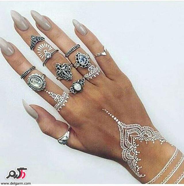 طراحی شیک و زیبا با حنا سفید روی دست