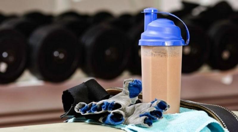 آشنایی با فواید و عوارض پودر پیور پروتئین کارن