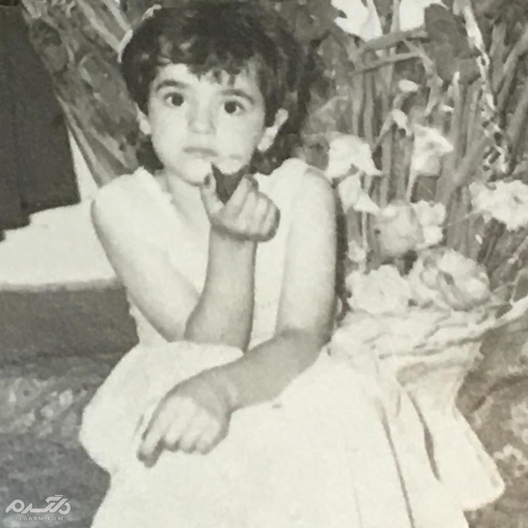 عکس کودکی نعیمه نظام دوست