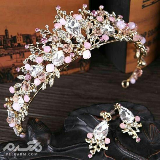 تاج عروس گل طبیعی - حلقه گل دور سر عروس