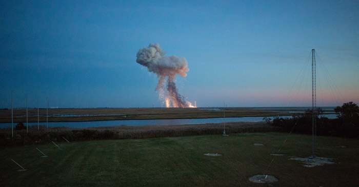 antares-rocket-explosion-orb3-nasa-photo-2
