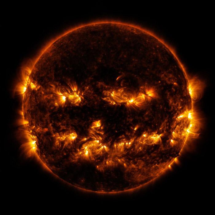 spooky-space-photos-halloween-jack-o-lantern-sun