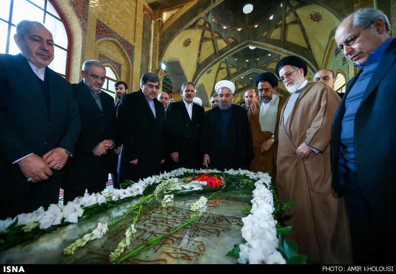 مراسم تجدید میثاق اعضای هیئت دولت با آرمانهای امام خمینی(ره)