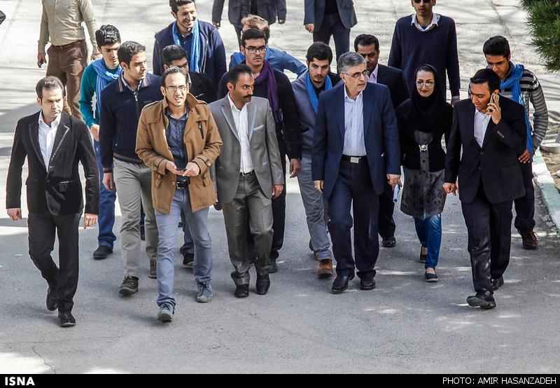 سخنرانی غلامحسین کرباسچی در دانشگاه صنعتی اصفهان