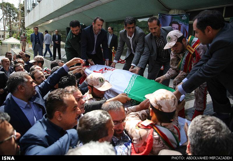 تشییع پیکر محمدعلی حسینزاده منتخب مردم مراغه در مجلس دهم