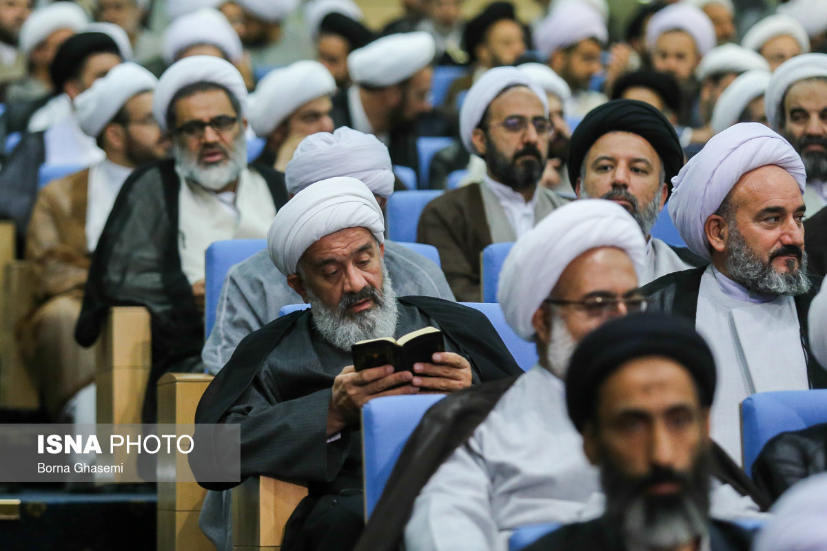 ضیافت افطار ریاست جمهوری با روحانیون