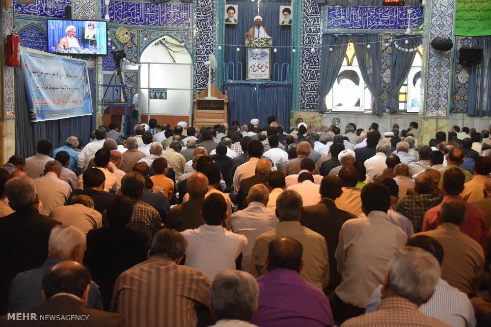 اقامه نماز جمعه در شهرضا اصفهان