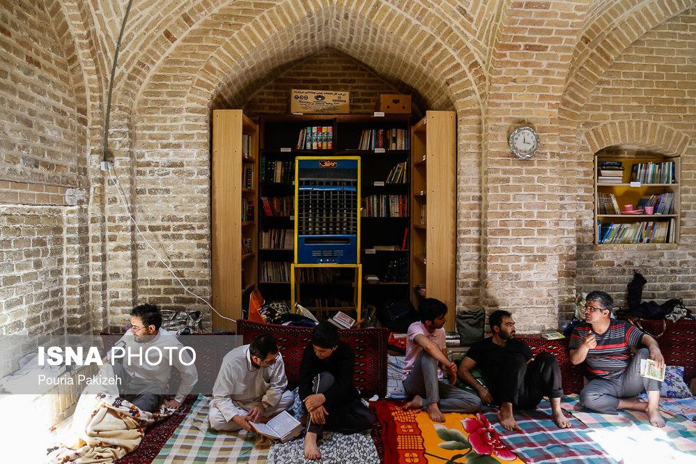 اعتکاف دهه آخر ماه مبارک رمضان - همدان