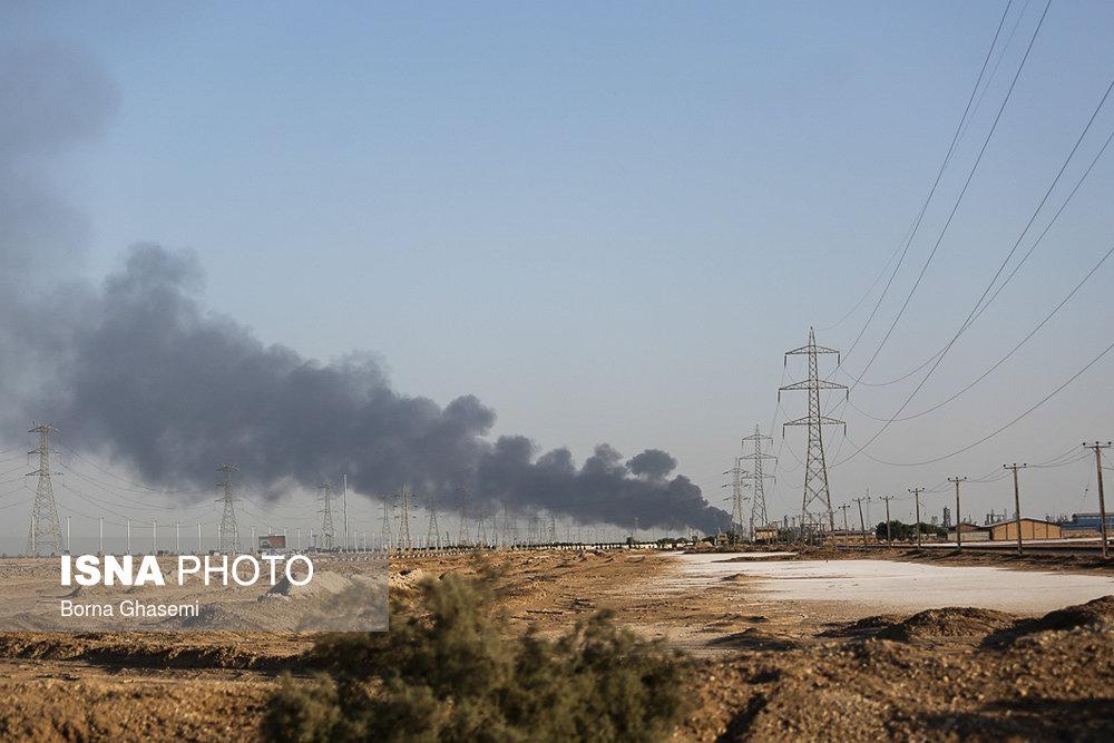 تلاش برای مهار آتش سوزی در پتروشیمی بوعلی سینا ماهشهر