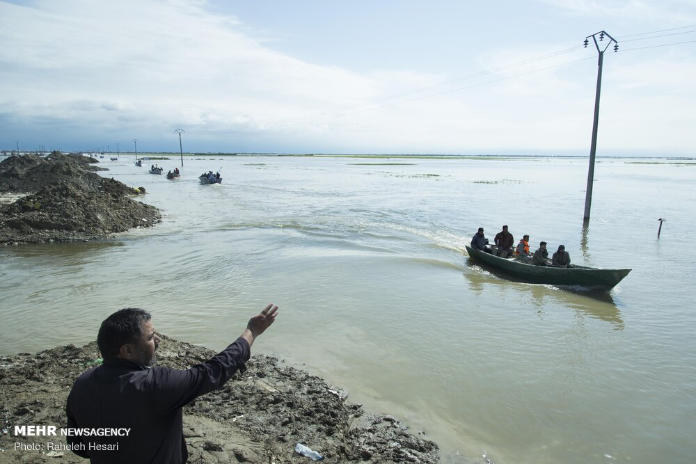 تصاویر آخرین وضعیت سیل در شهر های گمیشان و آق قلا