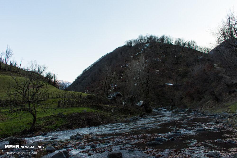 تصاویری از آبگرم جنگلی مشه سویی اردبیل در زمستان ۹۸ !