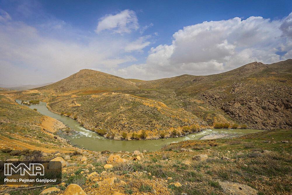 چشمه دیمه کوهرنگ چهار محال و بختیاری بهار 1400