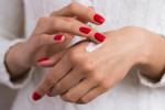 معرفی بهترین کرم مرطوب کننده دست (سافت کرس softcaress) ،مناسب برای پوست های خشک و آسیب دیده
