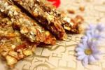 طرز تهیه آجیل عسلی (سوهان عسلی) خوشمزه و خاص