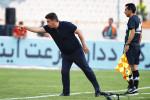خبرنگاران نشست خبری مربی سپاهان را تحریم کردند