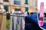 جلوگیری از رنگ پریدگی لباس جین با محلول طبیعی