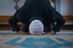 فواید سجده کردن در نماز برای سلامتی