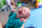 این مواد غذایی باعث نفخ و دل درد در نوزادان می شود