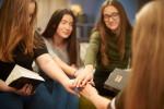 4 انشا درمورد کتاب خوب دوست خوب برای تمامی پایه ها